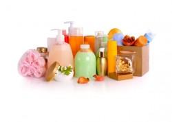 На что нужно смотреть при выборе шампуней, паст и средств личной гигиены.